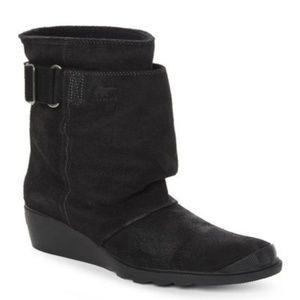 Sorel Toronto Black Suede Boots Size: 10.5